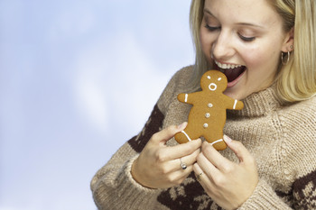 age-regression-seduction-woman-with-cookie