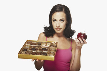 sexy-woman-box-of-chocolates-and-apple